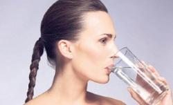 Az su tüketimi yağlanmayı artırıyor
