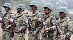 Askerlere aylık bin lira harçlık