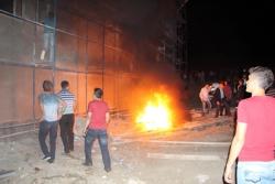 """Bolu'da """"Türk Bayrağı yakıldı"""" gerginliği"""