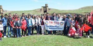 ERVAK Gençlik Komisyonu, 100 öğrenciye unutulmaz bir gün yaşattı