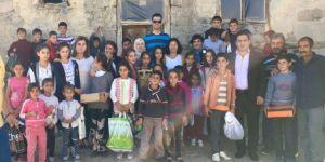 Hayırsever Aileden 800 Öğrenciye Kıyafet ve Kırtasiye Desteği