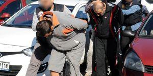 Teröristleri ülkeye sokanlar tutuklandı