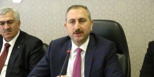 Adalet Bakanı Gül, AK Parti Erzurum İl Teşkilatında Konuştu