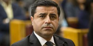 Selahattin Demirtaş: Öcalan'ın mektubunu AKP'li bakan getirdi