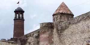 """Erzurum'da 844 yıllık """"Tepsi Minare"""" restore edilecek"""