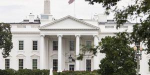 Dikkat çeken detay! Beyaz Saray'daki kabine toplantısı dua ile başladı!