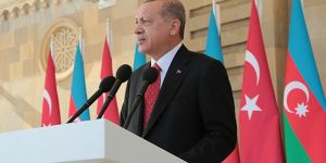 Cumhurbaşkanı Erdoğan Bakü'de! Ermenistan'a flaş mesaj