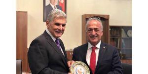 Rektör Çomaklı Azerbaycan'dan İş Birliği İle Döndü