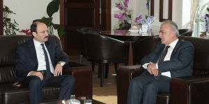Çomaklı'dan, ETÜ Rektörü Prof. Dr. Bülent Çakmak'a hayırlı olsun ziyareti