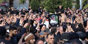 Ozan Arif'e son görev: Binler uğurladı
