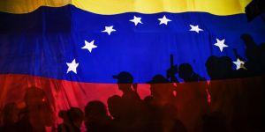 Venezuela'dan flaş hamle! Uçakla geri gönderdiler