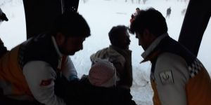 Tunceli ve Bingöl'de Mehmetçik helikopteri ile kurtarıldılar