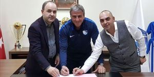 Erzurumspor, teknik direktör Hamzaoğlu ile sözleşme imzaladı