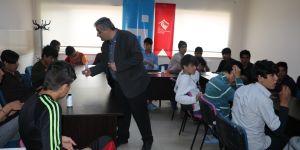 Yabancı uyruklu refakatsiz çocuk statüsündekilere meslek edindirme kursu