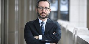 Prof. Dr. Fahrettin Altun'dan 'Sesimizi duyan var mı' paylaşımı