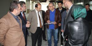 Prof.Dr. Çakmak, kütüphane inşaat çalışmalarını inceledi
