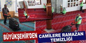 Büyükşehir'den camilere Ramazan temizliği