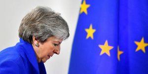 İngiltere Başbakan'ı istifa etti