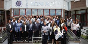 3 yılda 55 senato toplantısı, 428 senato kararı