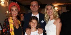 Zülfü Livaneli konserine gelen ünlüler Ekrem İmamoğlu ile fotoğraf çektirdi