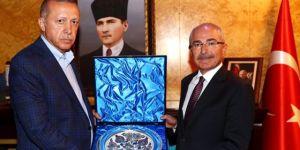 Mardin'e kayyum atanan Yaman'ın, Erdoğan ve bakanlara 600 bin liralık hediye