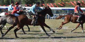 5 bin yıllık ata sporunu gelecek kuşaklara aktarıyorlar