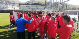 UEFA A Lisans Kursu'nun ilk etabı Erzurum'da başladı