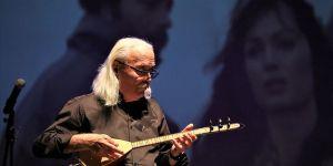 Cahit Berkay: Her yeni kuşak kendi müzik tarzıyla beraber geliyor