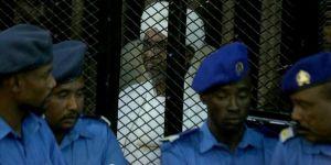 Sudan'ın eski Cumhurbaşkanı Beşir idam cezası alabilir