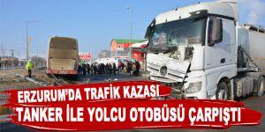 Tanker ile yolcu otobüsü çarpıştı