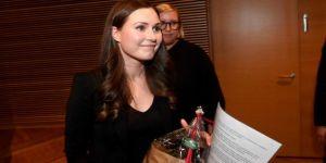 """Finlandiya Başbakanı Sanna Marin açıkladı: """"Anne ve babaya eşit süreli doğum izni"""""""