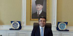 Vali Memiş Erzurum'da kaldı, Erzurumlular büyük sevinç yaşadı