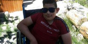 Engelli genç motosikletiyle yaptığı kazada hayatını kaybetti