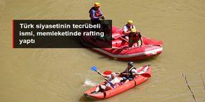 Binali Yıldırım, memleketi Erzincan'da rafting yaptı
