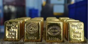 Koronavirüs aşı haberleri sonrası altın satıp hisse senetlerine hücum etti