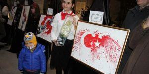 Çizgilerle İstiklal Marşı'nı resimlediler