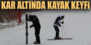 Palandöken ilkbaharda da kar kalitesiyle kayak tutkunlarını cezbediyor