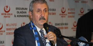 Destici, partisinin Erzurum Olağan İl Kongresi'nde konuştu