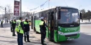 Erzurum'da Otobüste 'polis' var
